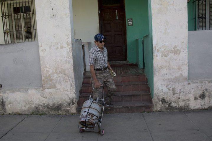 ترامب يضع سكان كوبا في مشكلة عويصة.. والحكومة الكوبية تحذر !