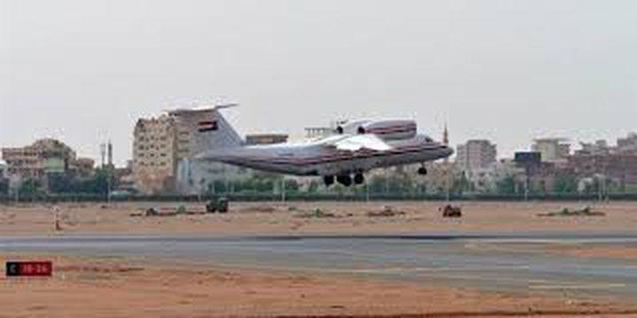 السودان يعيد فتح مجاله الجوي