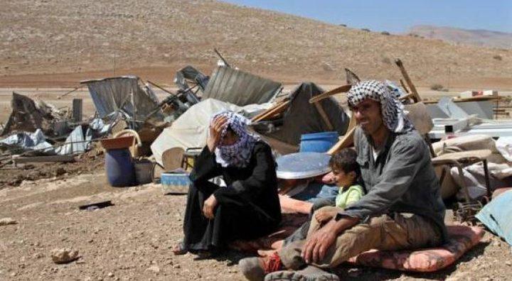 الاحتلال يخطر بهدم غرفة سكنية شرق يطا