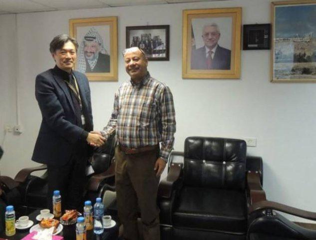 أبو هولي يصل اليابان لبحث دعم المخيمات الفلسطينية