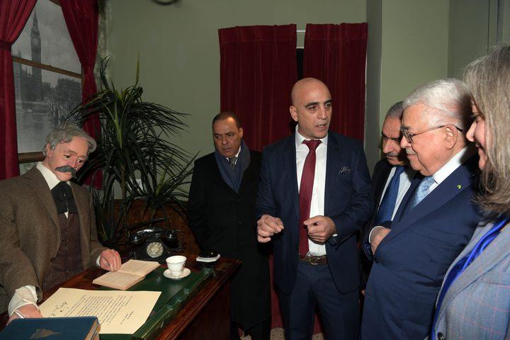 """الرئيس يستقبل بطريرك الأرمن ويتفقد فندق """"الجدار"""" في بيت لحم"""