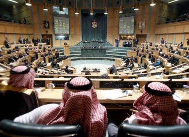 النواب الأردني يصوت بأغلبية على حظر استيراد الغاز من اسرائيل