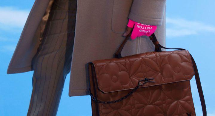 رئيس شركة ملابس يقصي مؤسس أمازن من قائمة الأغنى في العالم