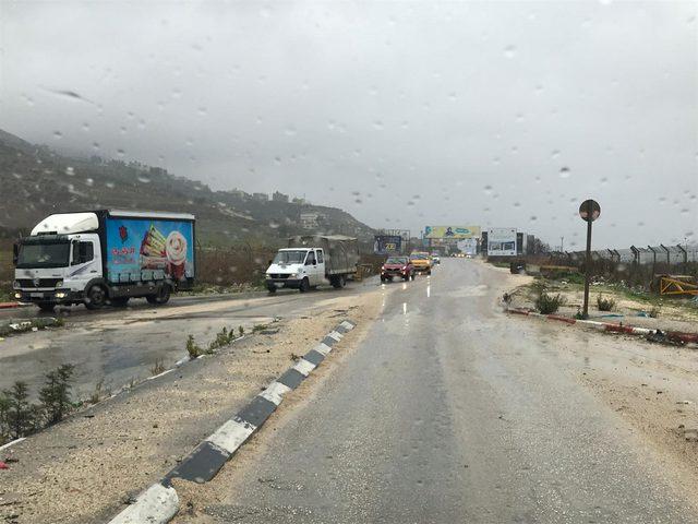 الاحتلال يعيد فتح حاجز حوارة عقب اغلاقه صباحاً