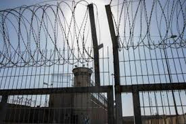 12 أسيرا مريضا يواجهون القتل البطيء بسجن الرملة