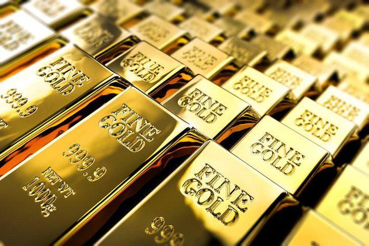 أسعار الذهب عالقة وسط انخفاض حجم التداولات