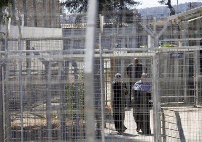 """الأسيرات في سجن """"دامون """"يعانيين من ظروف صعبة"""