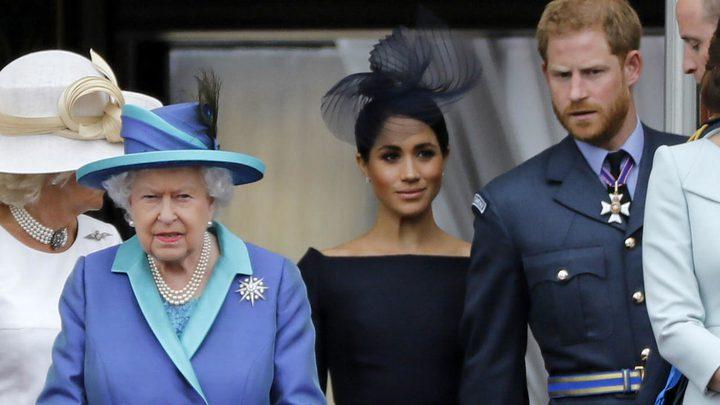 قصر باكينغهام الملكي يحدث بلبلة بين أوساط متابعين