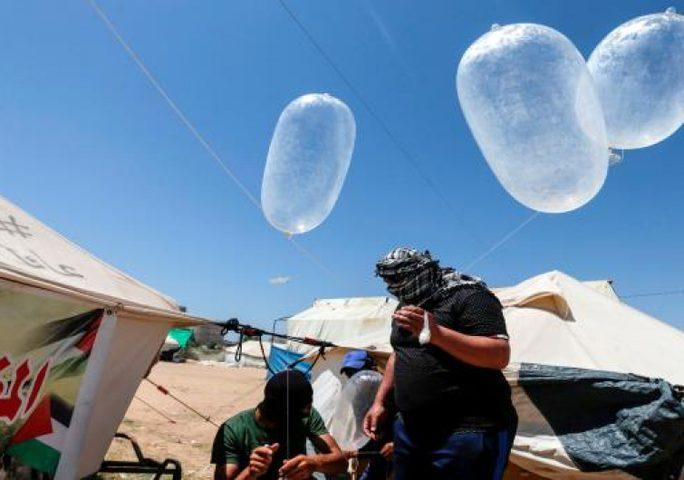 حماس توافق على وقف اطلاق البالونات الحارقة بطلب مصري