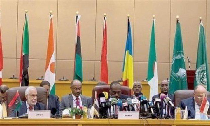 اجتماع لوزراء خارجية الجوار بالجزائر لبحث الأزمة الليبية
