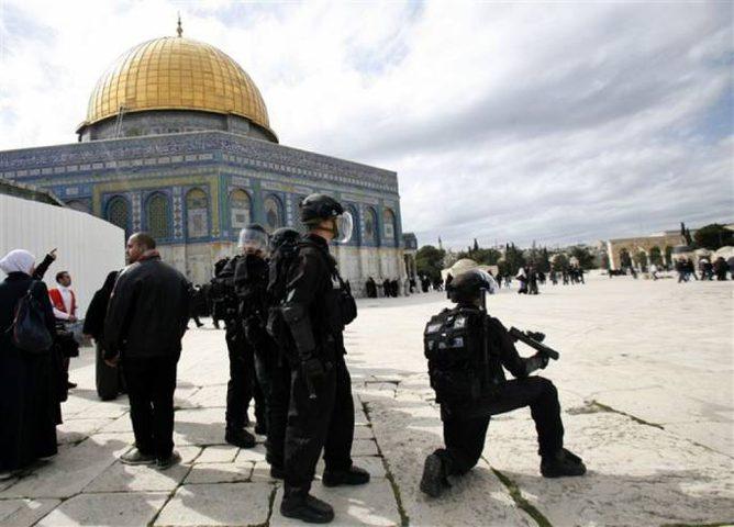 اصابات عقب اعتداء الاحتلال على المصلين بالمسجد الأقصى
