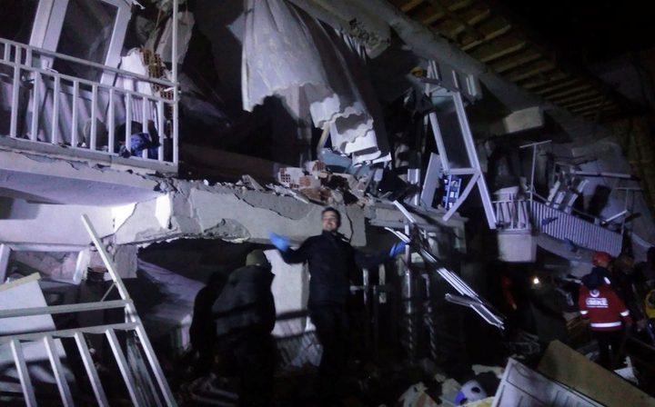 أربعة قتلى في زلزال بقوة (6.8) درجة ضرب مناطق بشرق تركيا