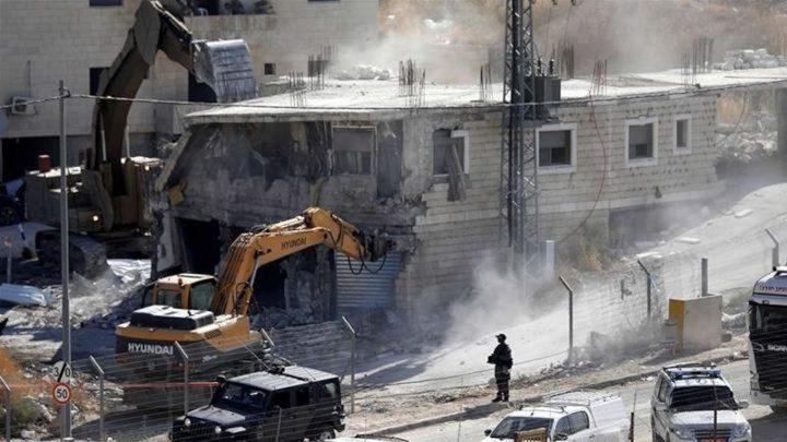 الاحتلال يصادق على هدم منازل 3 أسرى