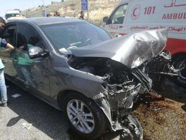 الشرطة: حادث سير واحد كل 90 دقيقة ووفاة واحدة كل 72 ساعة بفلسطين