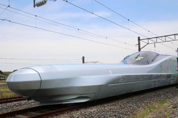 قطار اليابان الجديد.. طائر ولا عجلات