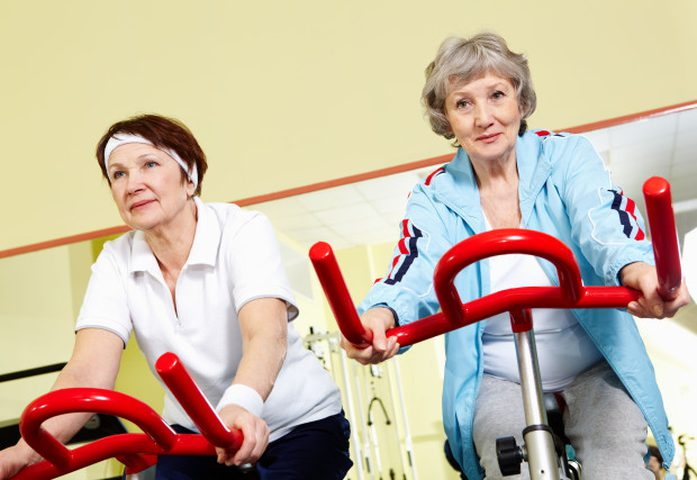 لكبار السن.. دقيقة واحدة من التمرين يمكنها أن تحميكم من الأمراض