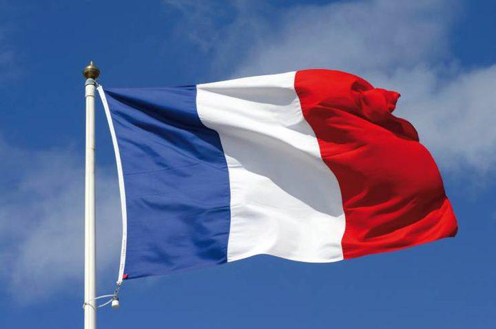 فرنسا تؤكد تمسكها بحل الدولتين