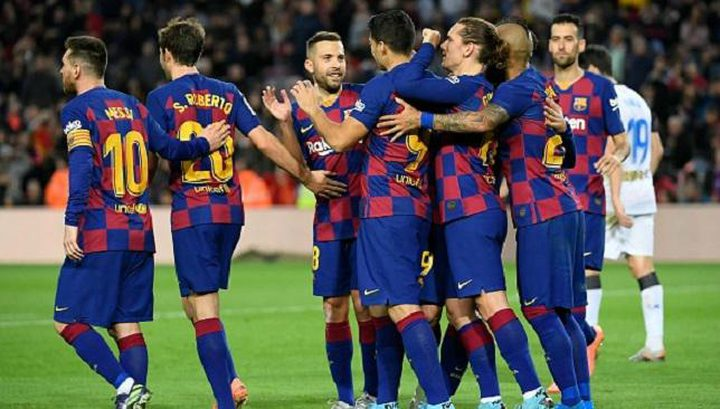 بعد تعثر صفقة رودريغو.. برشلونة يبحث عن ضالته في أياكس