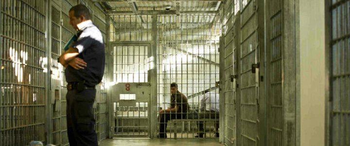 سلطات الاحتلال تمنع الزيارة عن أسير من جنين وتمدد اعتقاله