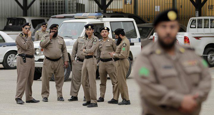 لحظة هروب جناة بعد تنفيذهم جريمة قتل في السعودية