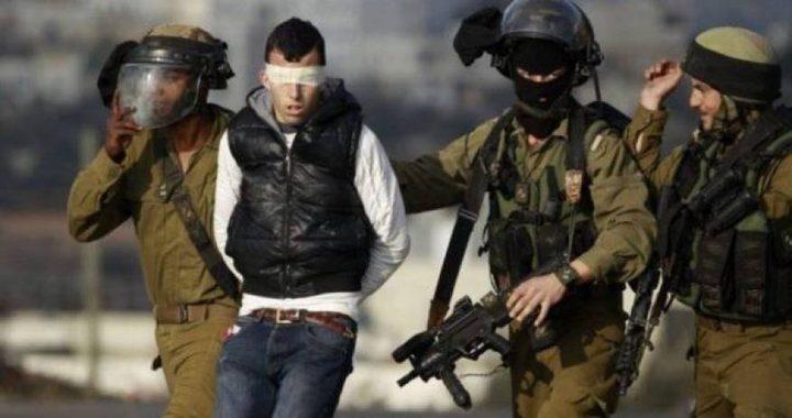 الاحتلال يعتقل شابا من جنين على حاجز جنوب نابلس