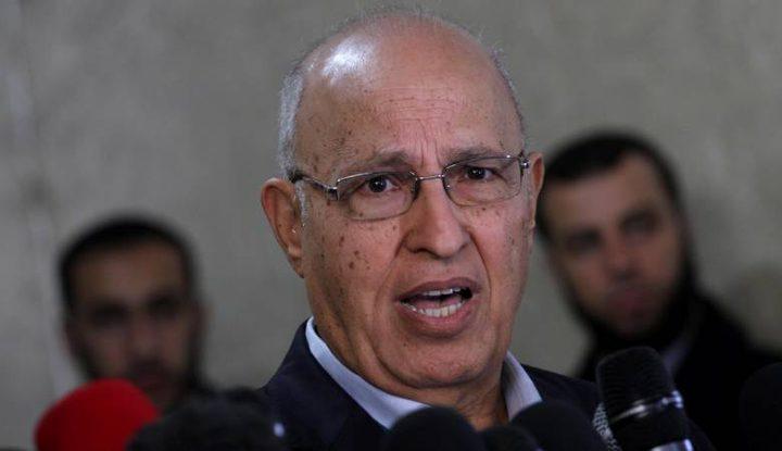 """شعث: القيادة الفلسطينية حققت نجاحاً في مواجهة """"صفقة القرن"""""""