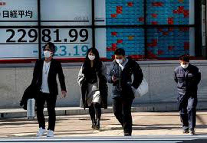 الأسهم اليابانية تفقد الزخم بفعل كورونا