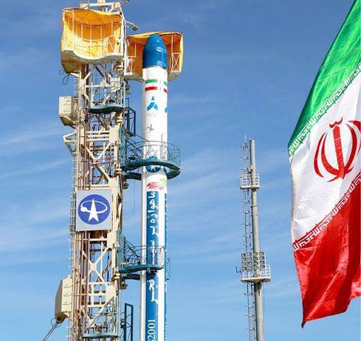 إيران تبدأ العد العكسي لإطلاق قمر صناعي جديد