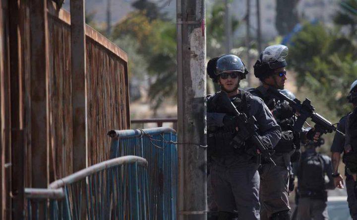 اعتقال مواطن من بلدة العيسوية شمال القدس