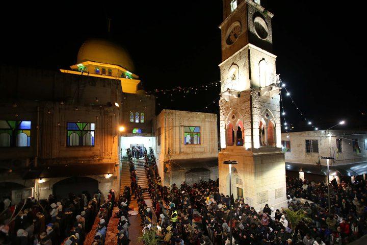 صور صلاة الفجر العظيم من مسجد النصر في البلدة القديمة