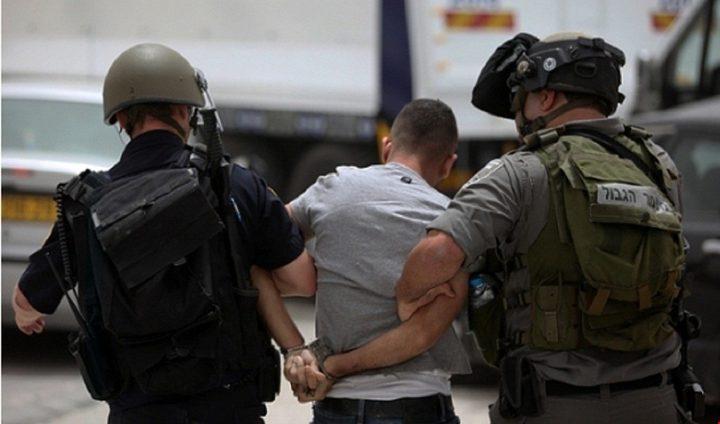 قوات الاحتلال تعتقلخمسة مواطنين بينهم طفلان من الخليل