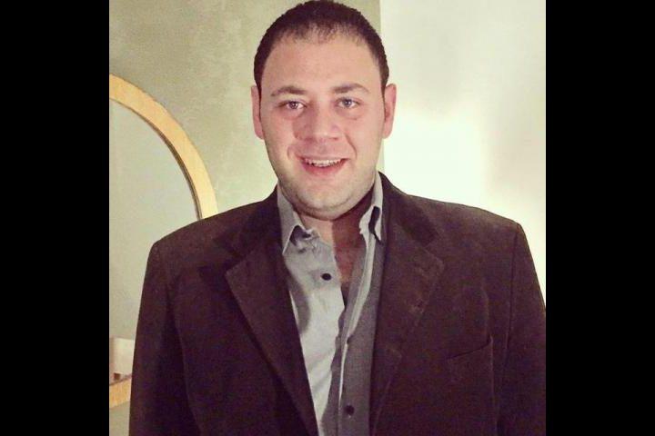 الفنان محمد علي رزق يعلن انفصاله عن زوجته