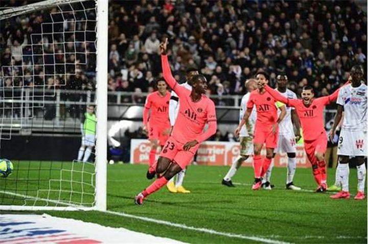 الدوري الفرنسي: باريس سان جيرمان يتعادل أمام أميان