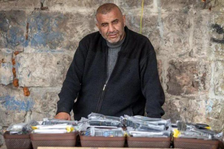 """""""الشاباك"""" يهدد مقدسيا وثق اعتداءات الاحتلال في الأقصى"""