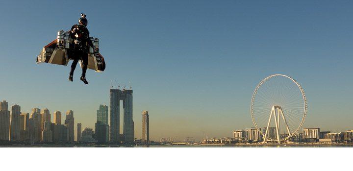 شاهد نجاح أول تجربة إقلاع بشري ذاتي في دبي