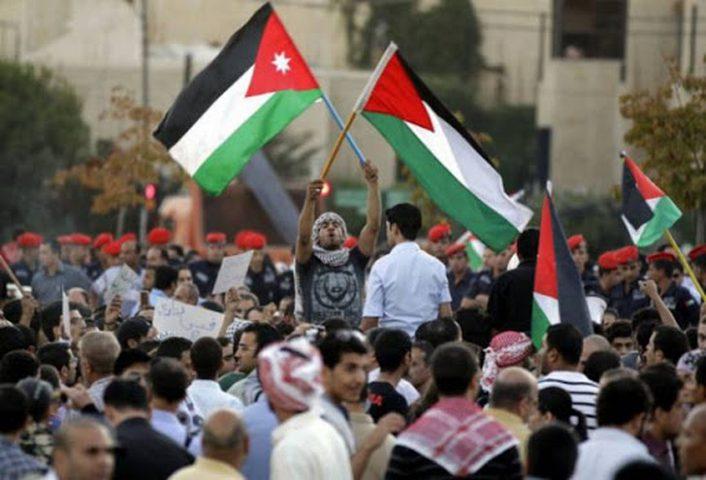 اتفاقيتا تعاون بيندولة فلسطين والمملكة الأردنية