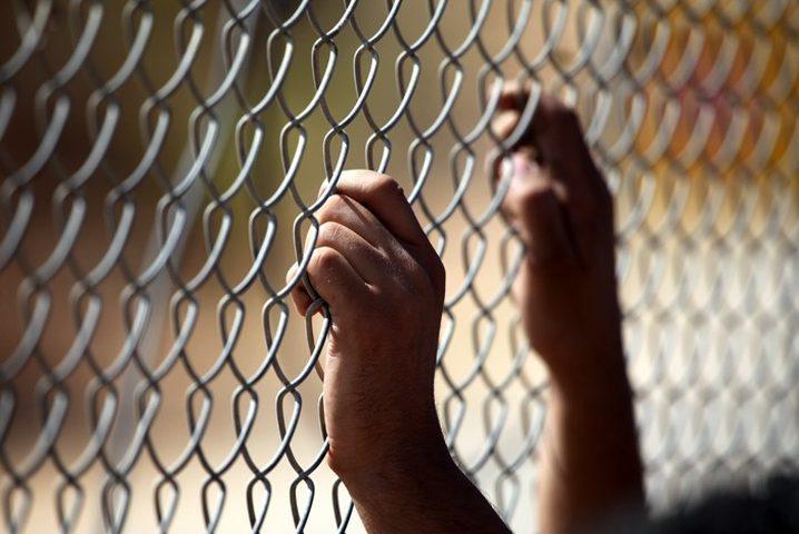 فارس: الإحتلال يشدد إجراءاته القمعية بحق الأسرى