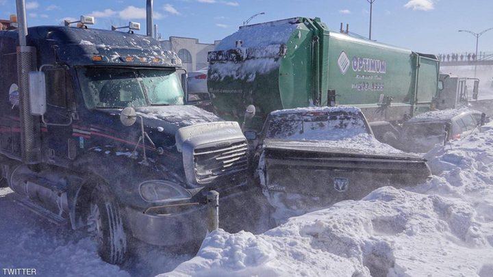 كندا.. وقوع حادث سير مروع نتيجة تصادم 200 مركبة