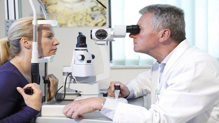 تغيرات خطيرة تحدث في العين بعد سن الأربعين