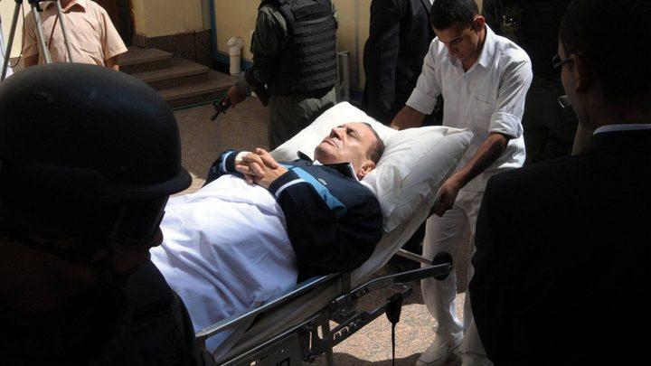 الرئيس المصري الأسبق حسني مبارك في العناية المركزة مجددا