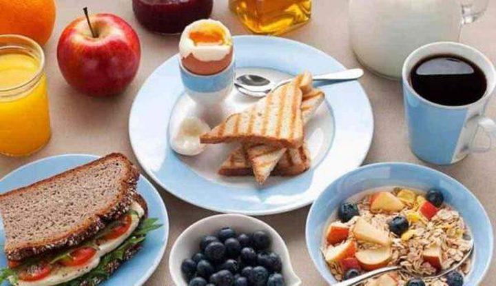 دراسة: الإفطار يساعد على حرق الدهون