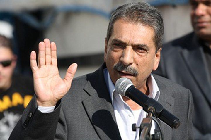 الطيراوي يحمل تنفيذية المنظمة ومركزية فتح مسؤولية استقالة المدني
