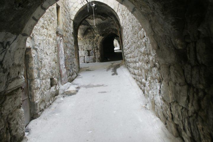 صور العراقة والمباني التراثية.. تاريخ تكتبه الصور للبلدة القديمة من نابلس