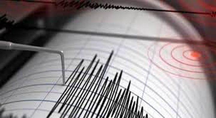 زلزال يضرب غرب تركيا وشمال إيران