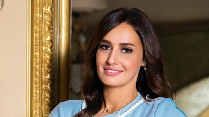 حلا شيحة تحتفل بعيد ميلادها