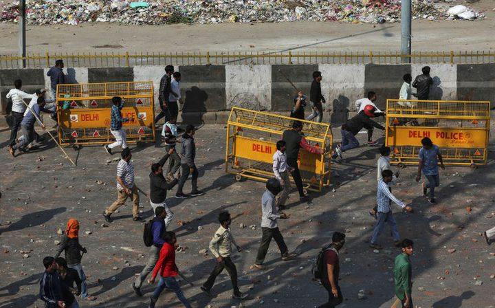 5 قتلى و90 مصابا في أحداث العنف في نيودلهي