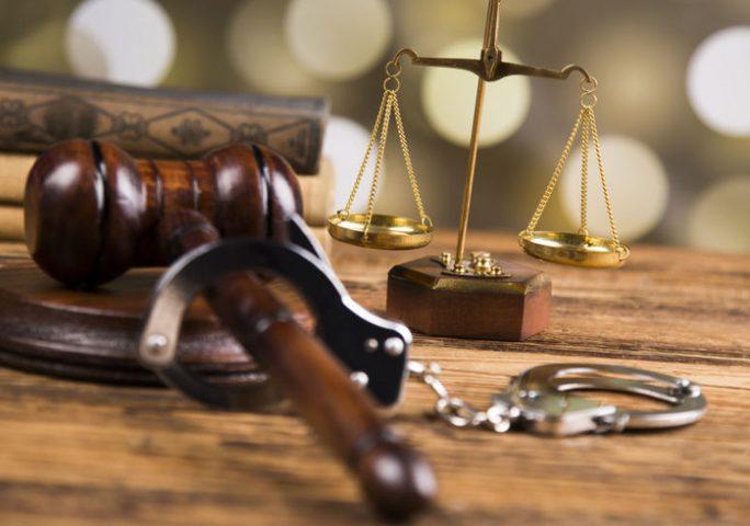الأشغال الشاقة المؤقتة 10 سنوات لمدان بتهمة حيازة المخدرات