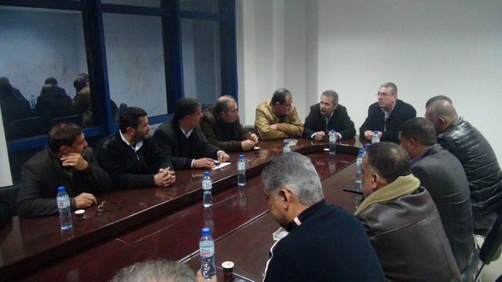 """""""التربية"""" تعقد اجتماعا هاماً مع اتحاد المقاولين في غزة"""