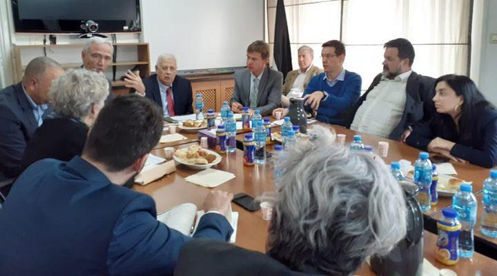 بعثة البرلمان الأوروبي تزور لجنة الانتخابات المركزية في البيرة