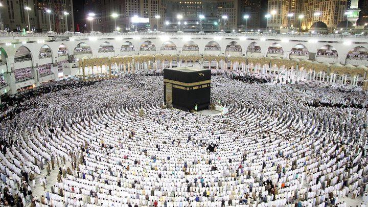 السعودية تعلق الدخول للعمرة والسياحة مؤقتاً بسبب كورونا